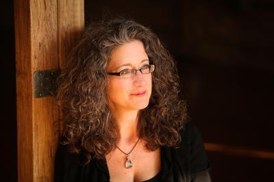 Author, Lauri Ann Lumby